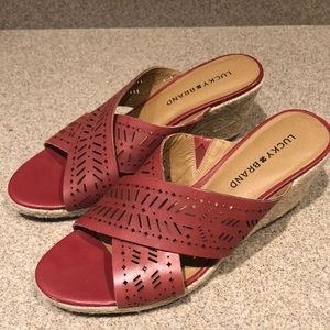 Red Lucky Brand wedge espadrille sandals